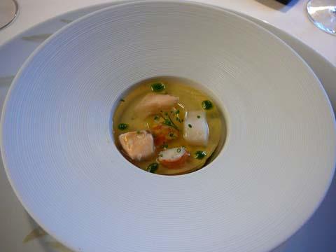 Gelée de poissons d'eau douce, mousseline de fenouil
